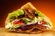 So-viele-Kalorien-haben-Doener-und-Co