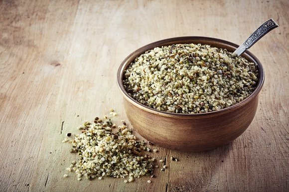 bowl-of-hemp-seeds