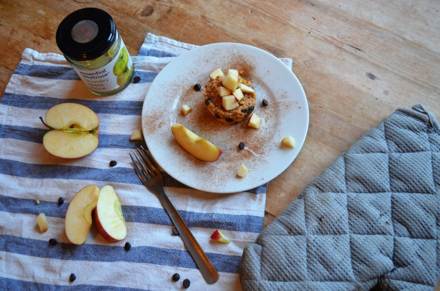 02-baked-apple-oatmeal