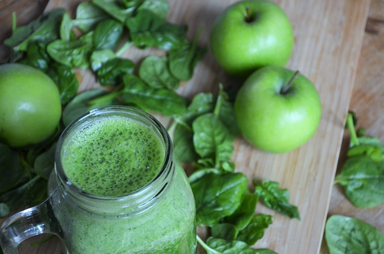 06-apfel-spinat-smoothie