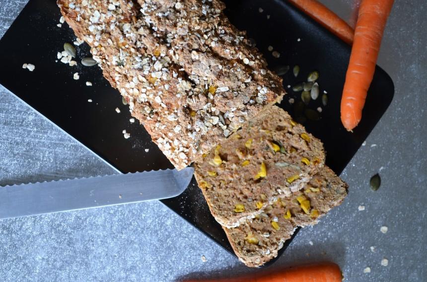 04-Karotten-Mais-Brot