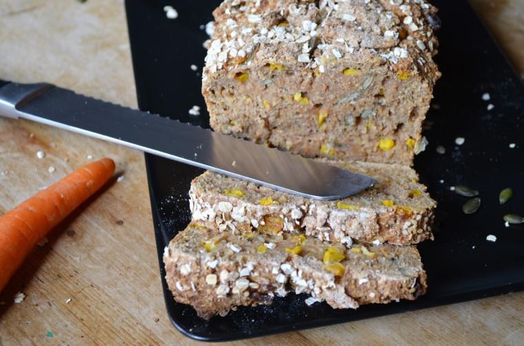 06-Karotten-Mais-Brot