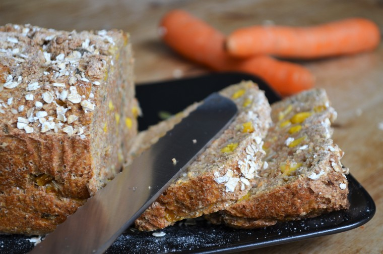 07-Karotten-Mais-Brot