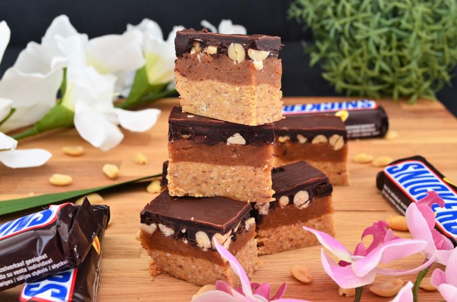 Rezept Vegane Und Gesunde Snickers Schnitten Marvinsfitnessblog