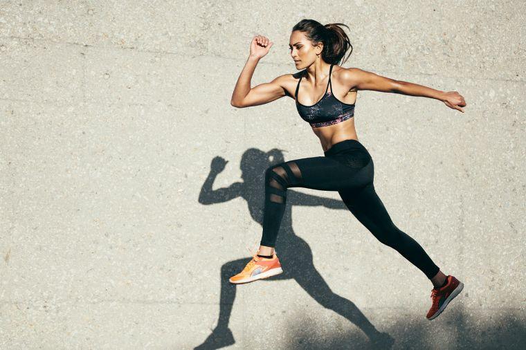mulher-corrida-exercicio