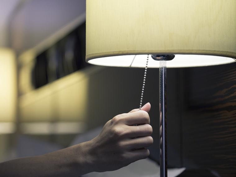 Darkness-Matters-–-How-Light-Affects-Sleep