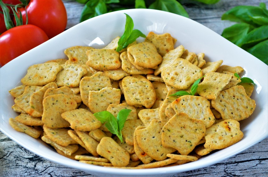 03-Paleo-Pizza-Cracker