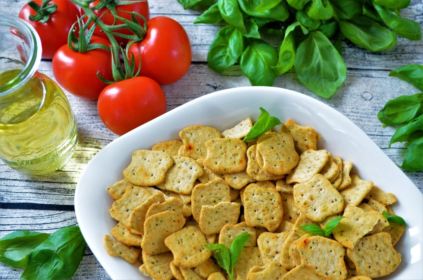 04-Paleo-Pizza-Cracker