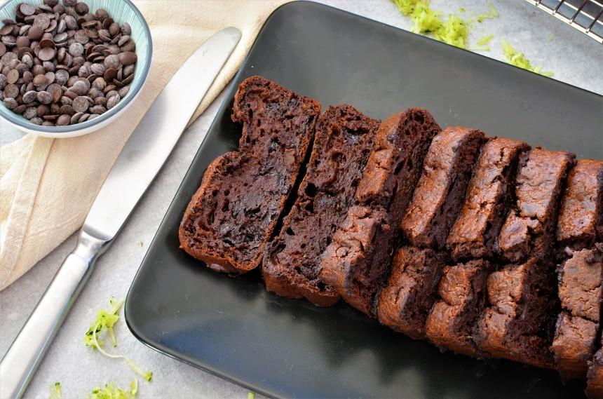 03-Zucchini-Schokoladen-Brot