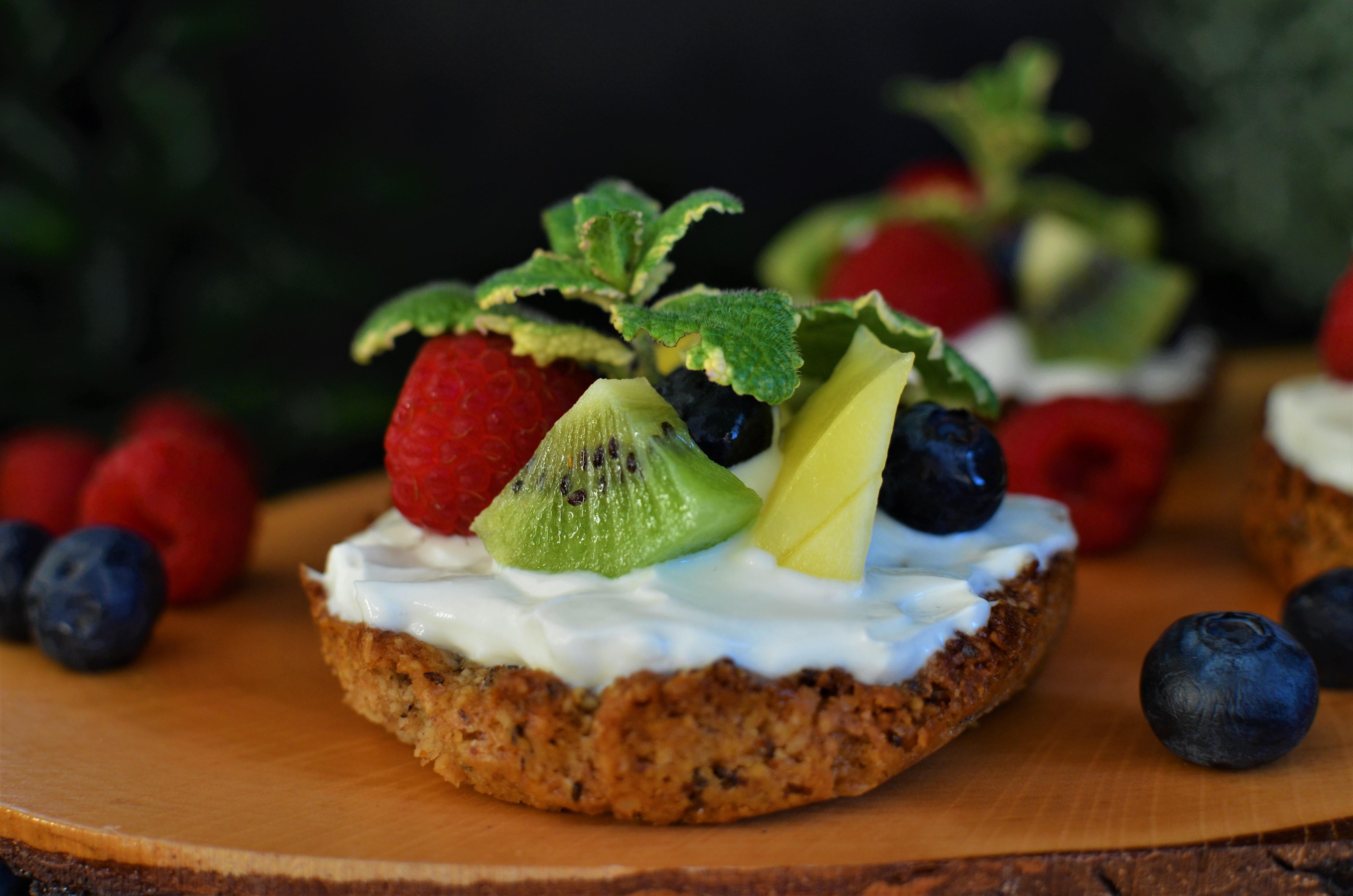 Rezept: Gesunde Frühstückstarte mit Früchten